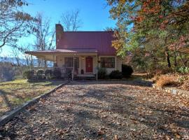 Lilly's Mountain Getaway Home, Weaverville
