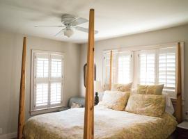 Adams House Bed & Breakfast