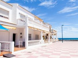 Tot un Mon-Beachfront House, Пусоль (рядом с городом La Torre)