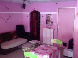 studio chez l habitant, Mézel (Near Chabrières)