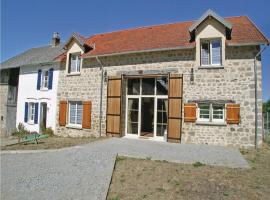 Eight-Bedroom Holiday Home in Saint Dizier Leyrenne