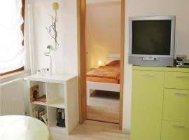 One-Bedroom Apartment in Nahetal-Waldau, Hinternah (Erlau yakınında)