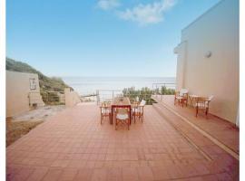 Four-Bedroom Holiday Home in Agios Amilianos Chios, Monolia