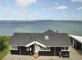 Three-Bedroom Holiday Home in Roslev, Roslev (Nykøbing Mors yakınında)
