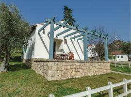 Two-Bedroom Holiday Home in Salto de Saucelle, Saucelle (Hinojosa de Duero yakınında)
