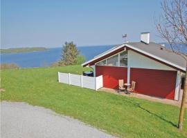 Two-Bedroom Holiday home Aabenraa with a Fireplace 06, Løjt