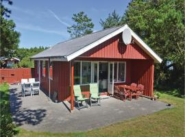 Holiday home Fyrrekrat with fireplace and shower, Søndervig