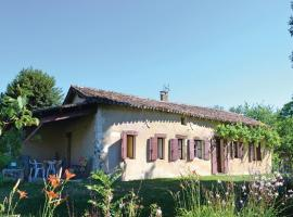 Holiday Home Allee Du Chateau, Sorges (рядом с городом Cornille)