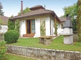 Three-Bedroom Holiday Home in Velke Popovice, Velké Popovice (Štiřín yakınında)