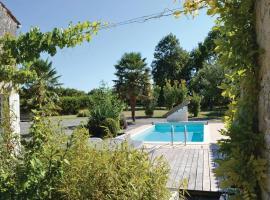Holiday home Impasse de l'Écluse K-741, Nuaillé-sur-Boutonne
