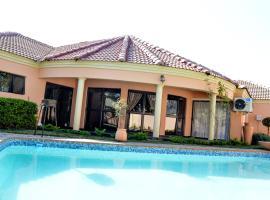 Golden Door Villa, Gaborone (Dumadumana yakınında)
