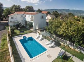 Holiday Home Dicmo with Fireplace XII, Zaljutci (рядом с городом Pajići)