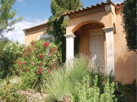 Three-Bedroom Holiday Home in Loupian, Loupian (рядом с городом Villeveyrac)