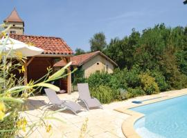 Two-Bedroom Holiday Home in Pontcirq, Pontcirq
