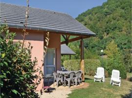 Holiday home Saint Geniez d´Olt 13 with Outdoor Swimmingpool, Saint-Geniez-d'Olt