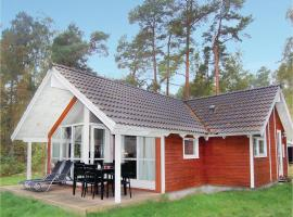 Holiday home Stege 35 with Hot tub, Hegningen (Tyreholm yakınında)