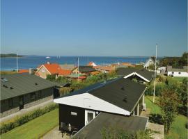 Three-Bedroom Holiday home Farsø with a Fireplace 03, Hvalpsund (Sundsøre yakınında)