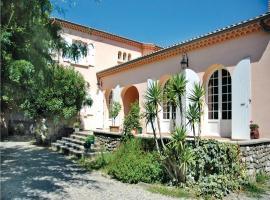 Holiday home Rue des Eaux Claires, Монтелимар (рядом с городом Le Teil)