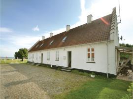 Three-Bedroom Apartment in Allingabro, Allingåbro (Lystrup Strand yakınında)