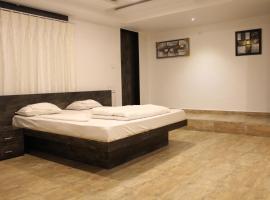 Hotel The Grand Bansari, Jetalsar (рядом с городом Gondal)