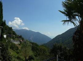 Casa Tita, Intragna (Loco yakınında)
