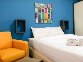 Artistic Studio Room Kebagusan City Apartement By Travelio, Джакарта (рядом с городом Kebagusan Satu)