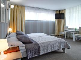 Hotel Niedźwiadek, Wdzydze Kiszewskie