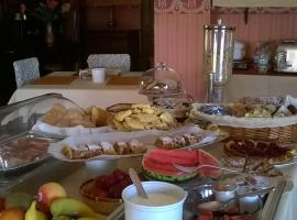 Bed and Breakfast Le Ortensie, Pellio Inferiore