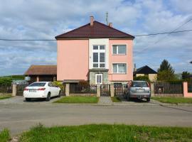 Rodinné ubytování - Family accommodation, Kobylice (Chlumec nad Cidlinou yakınında)