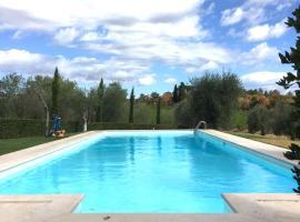 La Casina, Castelnuovo Berardenga (Villa d'Arceno yakınında)