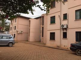 Immeuble Marguerita, Mesamindongo (Mbalmayo yakınında)