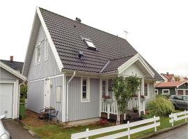Three-Bedroom Holiday Home in Ronneby, Ronneby