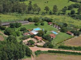 Pousada Recanto Vale do Sol, Monte Santo de Minas (São Sebastião do Paraíso yakınında)