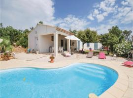 Three-Bedroom Holiday Home in Tourves, Tourves