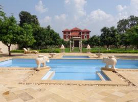 Champaner Heritage Resort, Rawālia (рядом с городом Jambughoda)