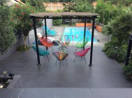 Maison (villa) de charme avec piscine, Carbon-Blanc (рядом с городом Bassens)