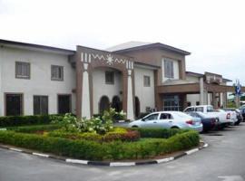 Axari Hotel