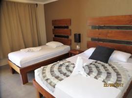 Hotel Cabinas Midey, Puntarenas