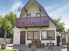 Three-Bedroom Holiday home with Lake View in Kirchheim/Hessen, Kemmerode (Breitenbach am Herzberg yakınında)