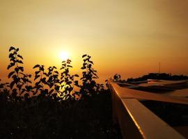 Plagia's Sunset Apartments, Exanthia