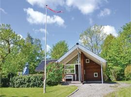 Three-Bedroom Holiday home with a Fireplace in Gilleleje, Gilleleje