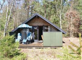 Two-Bedroom Holiday Home in Frederiksvark, Frederiksværk (Liseleje yakınında)