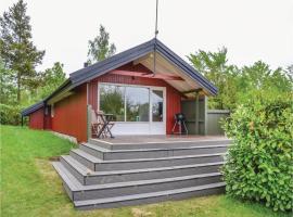 Three-Bedroom Holiday Home in Jagerspris, Jægerspris (Bakkegårde yakınında)