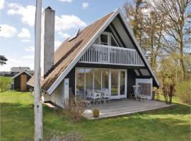 Three-Bedroom Holiday Home in Frorup, Frørup (Tårup yakınında)