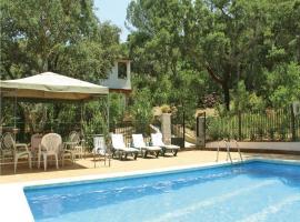 Holiday home Avda. De La Parrilla S/N, Las Jaras (Santa María de Trassierra yakınında)