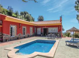 Three-Bedroom Holiday Home in Torrox, Torrox (Río yakınında)