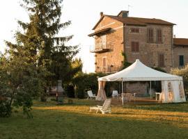 Casa della Torre, Grotte Santo Stefano (Sipicciano yakınında)