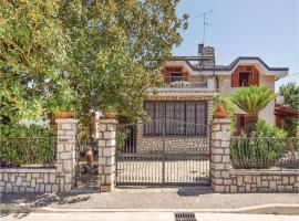 Three-Bedroom Holiday Home in Baia E Latina -CE-