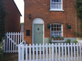 Cottage on the Green, Tillingham