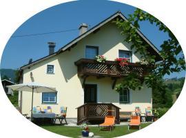 Ferienhaus Humer, Altmünster (Traunkirchen yakınında)